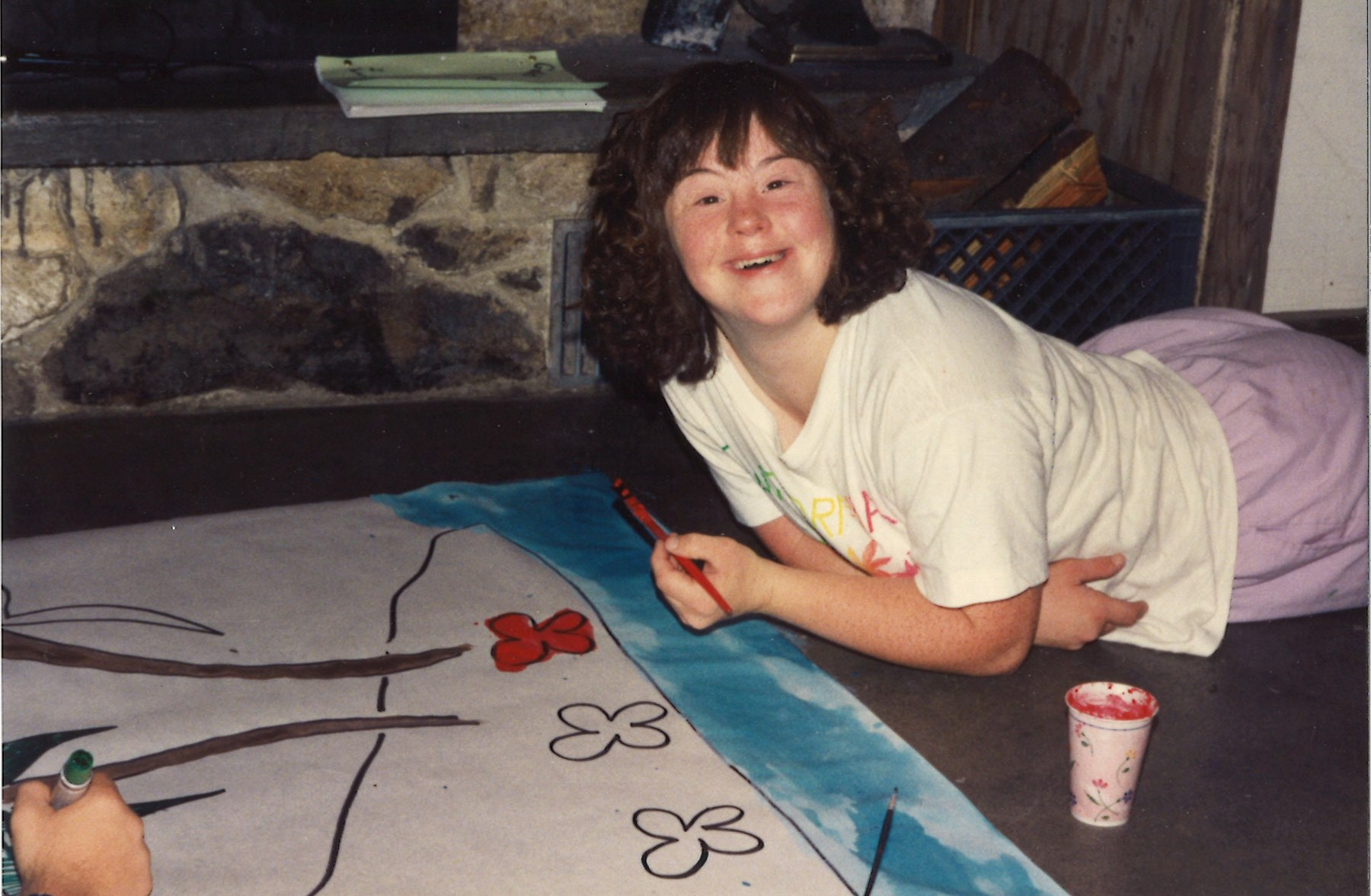 160-467-11-2-girl-artist-at-gold-crk-lodge-camp-for-disabled-youth-1993