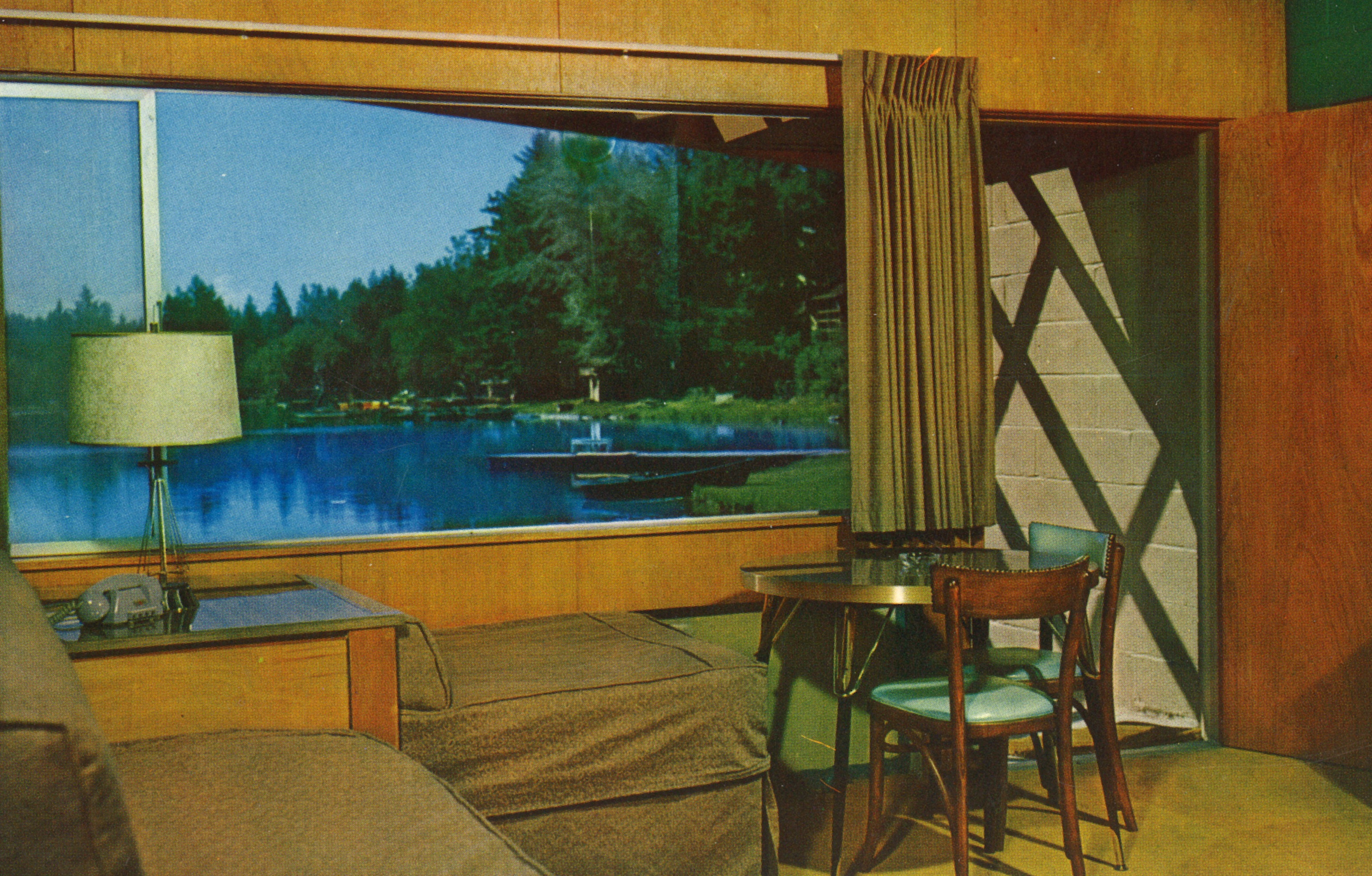 472_1_12_gaffneys_resort_cabin_postcard
